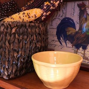 Vintage Watt Basketweave #6 yelloware bowl HTF